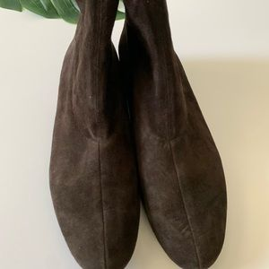 Robert Clergerie Shoes - Robert Clergerie brown chocolate suede boots 10B